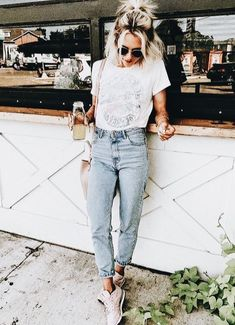 41 Fall in Love! Trendy Summer Outfits this Season Fall In Love! Trendy Summer Outfits This Season 2 Grunge Outfits, Edgy Outfits, Cool Outfits, Fashion Outfits, Trendy Summer Outfits, Spring Outfits, Spring Dresses, Casual Summer, Summer Wear