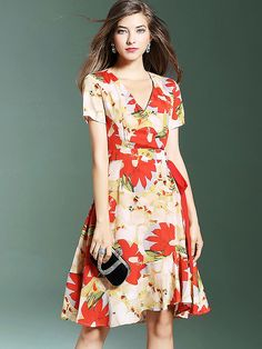 Fashion V-Neck Short Sleeve Floral Print Skater Dress from DressSure.com #dresssure #fashion #dresses #HighQuality