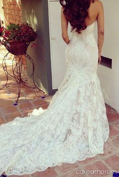 lace wedding dress #lace #dresses #wedding