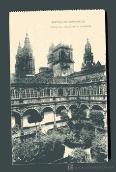Interior del claustro del Pazo Fonseca. Santiago de Compostela