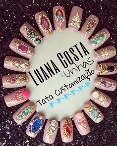 Diseño uñas strass glitter