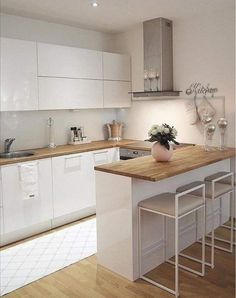 45 suprising small kitchen design ideas and decor 5 - Jeder von uns hat untersch. 45 suprising small kitchen design ideas and decor 5 - Each of us has different needs and material options, but diffe Home Decor Kitchen, Interior Design Kitchen, Diy Kitchen, Kitchen Cabinets, Kitchen Ideas, Kitchen Inspiration, Kitchen Designs, Kitchen Hacks, Rustic Kitchen