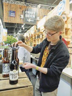 HAMBURG. 19 handwerkliche Brauereien aus dem In- und Ausland mit rund 80 verschiedenen Bieren – die erstmals auf der Internorga präsentierte Craftbeer Arena hatte schon im Vorfeld alle Erwartungen