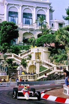 Ayrton Senna leading the Monaco Grand Prix in Monte Carlo Formula 1 Autos, Formula 1 Car, Sport Cars, Race Cars, Motogp, Monte Carlo Monaco, Monaco Grand Prix, F1 Racing, Ayrton Senna