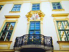 #altesrathaus  #bankaustria #unicredit #kunstsalon #wien #vienna Photo Andrea PICKL Vienna, Austria, Princess Zelda, Fictional Characters, Kunst, Fantasy Characters