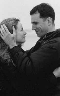 """Daniel Day-Lewis y Emily Watson en """"The Boxer"""", 1997 Tv Actors, Actors & Actresses, British Country Style, Hairstyles For Receding Hairline, Rebecca Miller, Emily Watson, Artist Film, Yul Brynner, Daniel Day"""