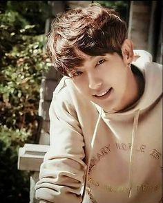 Why so handsome lee joon gi Korean Male Actors, Korean Celebrities, Asian Actors, Handsome Actors, Cute Actors, Lee Jong Ki, Arang And The Magistrate, Lee Jung, Kdrama Actors
