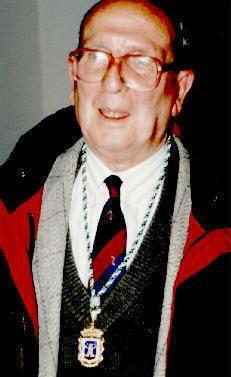 José Martín Recuerda, autor dramático granadino.