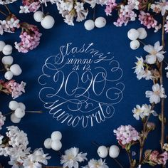 Volná kaligrafická tvorba Flourish, Stationery, Calligraphy, Wreaths, Home Decor, Stationery Shop, Lettering, Decoration Home, Paper Mill