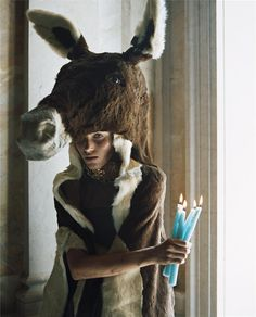 noirfacade: Myths of the Forest - Anja Rubik as Peau d'ane by Carter Smith, 2006 Carter Smith, Fashion Shoot, Look Fashion, Editorial Fashion, Fashion Art, Fairytale Cottage, Fairytale Fashion, Anja Rubik, Sundance Film Festival