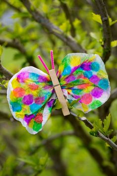 Spring crafts for kids - coffee filter butterfly craft idea Kids Crafts, Spring Crafts For Kids, Summer Crafts, Toddler Crafts, Diy For Kids, Spring For Preschoolers, Coffee Filter Crafts, Coffee Crafts, Coffee Filters
