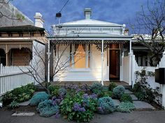 Beautiful Melbourne terrace home! This style of architecture really makes our city. Make your dreams reality with miplan today. love the front garden. Small Front Gardens, Small Front Porches, Front Porch Design, Victorian Cottage, Victorian Terrace, Victorian Homes, Australian Architecture, Australian Homes, House With Porch