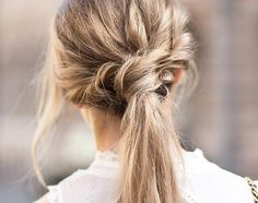 Messy hair trend is simply growing day by day. The messy hairstyles have a unique and irresistible charm which can make any woman look dazzling and flawless. Messy Hairstyles, Pretty Hairstyles, Hairstyle Ideas, Braided Hairstyle, Bob Hairstyle, Wedding Hairstyles, Twist Ponytail, Knotted Ponytail, Fancy Ponytail