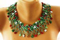 Green Crochet Beaded Necklace Chic Collar Choker by hobitique