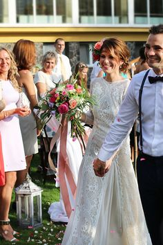 Flordeluxe Lace Wedding, Wedding Dresses, Amazing, Fashion, Bride Gowns, Wedding Gowns, Moda, La Mode, Weding Dresses