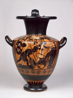 Black-figure hydria: Achilles with Hector's body  Attica, Leagros group, Antiopa Painter. C. 510 BC
