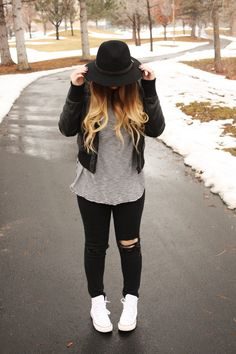 Old Navy Style, Black and White, Causal Style http://urbanombre.blogspot.com/