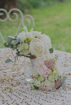 ©Emmanuelle B – Un mariage pastel sous la pluie – La mariee aux pieds nus