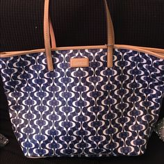 AUTHENTIC Coach tote This coach tote is navy blue and white. Used only once & it is in great condition!! WILL CONSIDER TRADING. Coach Bags