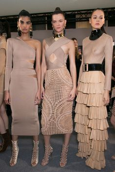 Balmain at Paris Fashion Week Spring 2016 - Backstage Runway Photos Couture Fashion, Paris Fashion, Runway Fashion, Fashion Models, Spring Fashion, High Fashion, Fashion Show, Autumn Fashion, Fashion Outfits