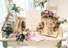 お手本にしたい♡ハイセンスな【ウェルカムスペース】8選 Blob Fish In Water, Wedding Registration Table, Wedding Decorations, Table Decorations, Backyard For Kids, Wedding Arrangements, Wedding Welcome, Baskets On Wall, Bird Houses