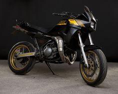 1989 Yamaha TDR250 — The 1 Moto