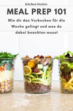 Meal Prep für Einsteiger: So kochst du entspannt für die Woche vor! Hier warten auf dich wertvolle #Tipps und #Rezepte zum #Vorbereiten und #Mitnehmen! #mealprep #gesund #Ernährung
