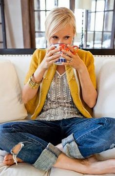 Tattered boyfriend jeans + a mustard blazer + a sparkly tank = comfy, cute weekend outfit    Give me a cup of coffee, a couch, and a good read. Love it.