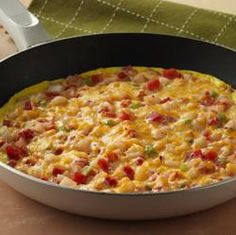 Southwest Potato Frittata from Food.com: Tomatoes, potatoes and cheese make this stove-top frittata a standout Frozen Breakfast, Breakfast For Dinner, Best Breakfast, Breakfast Recipes, Dinner Recipes, Breakfast Ideas, Yummy Recipes, Dinner Ideas, Breakfast Sandwiches