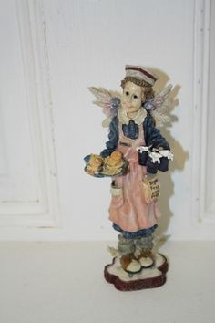 """Boyd's 'Mrs. Fries..the Gaurdian Angel of waitresses'' figurine measures approx: 7"""" x 2.5"""" x 2 3/4"""" style #28246GCC **plate is chipped-pic** I can live for two months on a good compliment $8.50"""