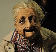«PAQUITA» Marionnette portée echelle 1. Mousse , lycra et latex Réalisé pour le spectacle «Spanish circus» mis en scène par Laura fernàndez[gallery t…