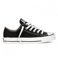 Zapatillas casual unisex Chuck Taylor All Star Baja Lona Converse Converse All Star, Converse Chuck Taylor Black, How To Lace Converse, Converse Sneakers, Chuck Taylor Sneakers, Canvas Sneakers, Chuck Taylors, Top Shoes, Black Shoes