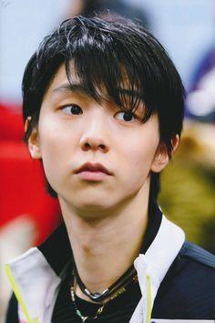 💗 Yuzuru lights up my world 💗 — pamigena: Yuzuru Hanyu Ice Skating, Figure Skating, Yuzuru Hanyu, Male Figure Skaters, Shoma Uno, Human Poses Reference, Olympic Champion, Olympians, Japanese