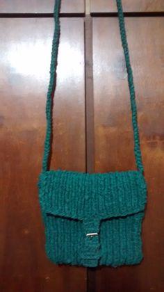 bolsa feita em trico, aceito encomendas inesmoreira60@hotmail.com