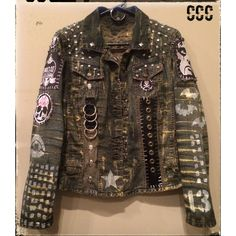 Custom handmade Rock & Roll and Horror Movie Clothing. Rocker, Heavy Metal and Punk Rock fashion. Whether you are hittin the stage, a horror fan, or just want to rock some unique custom clothing, let Chad Cherry Clothing create something special for you. Punk Outfits, Cool Outfits, Fashion Outfits, Spiked Leather Jacket, Punk Jackets, Denim Jacket Patches, Battle Jacket, Embellished Jeans, Punk Fashion