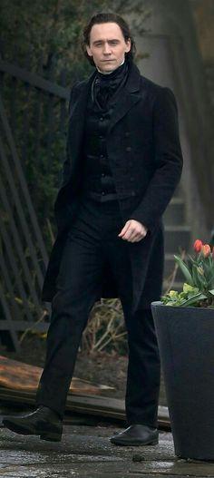 Tom Hiddleston...looking hot!