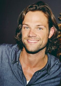 Just STOP IT RIGHT NOW, Jared Padalecki! STOP SMILING AT ME! I can't get anything done when you do that!