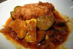 poulet courgette pomme de terre au cookeo Une délicieuse recette de poulet aux courgettes pour votre plat principal, facile à préparer avec le cookeo.