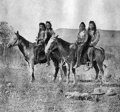 Shoshone or Shoshoni Tribe and Their Horses