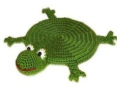 Frog - stand for the cup. Crochet Frog, Crochet Dinosaur, Crochet Dolls, Crochet Baby, Crochet Applique Patterns Free, Crochet Coaster Pattern, Mug Rug Patterns, Free Pattern, Crochet Kitchen