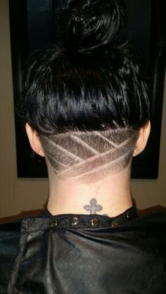 Nape under cut hairstyle, shaved neck, neck designs, undercut.