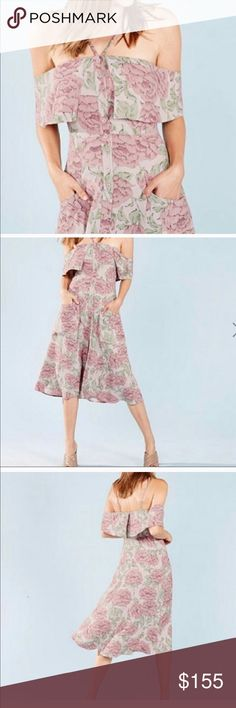 Reformation Mirna  dress New Gourgeous feminine dress Reformation Dresses