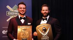 Kris Bryant, Jake Arrieta receive BBWAA Awards