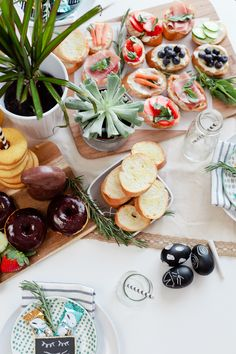 Easy Easter entertaining. How to style a small tablescape for a Simply Delicious Easter Crostini Brunch with homemade coconut donuts recipe and more!