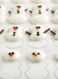 Christmas-Royal-Icing-Transfers-with | The Bearfoot Baker    #bearfootbaker #decoratedcookies #edibleart #cookieart #royalicing #rolloutcookies #simplecookietutorial #Christmas #Christmascookies #cookietutorial #snowmancookies  #cookiesforsanta #tistheseasoncookies
