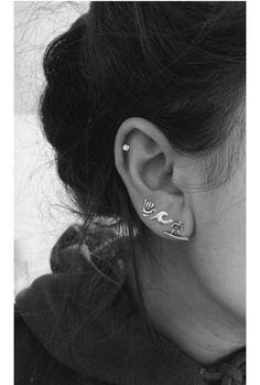 Latest Snap Shots Cartilage Piercings boho Strategies As soon as a typical pier. - Latest Snap Shots Cartilage Piercings boho Strategies As soon as a typical piercing is just not ad - Bijoux Piercing Septum, Innenohr Piercing, Smiley Piercing, Cartilage Piercings, Pretty Ear Piercings, Ear Peircings, Double Ear Piercings, Bar Stud Earrings, Crystal Earrings