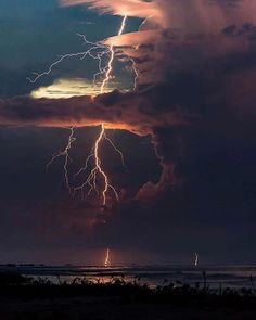 Follow @earthfever for top travel content. This is an atmospheric phenomenon called Catatumbo lightning in Lake Maracaibo Venezuela. Photo by @jonaspiontek