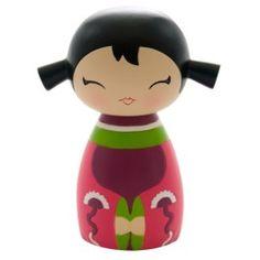 Momiji Poupée Giggles. Les Momiji sont des poupées porteuses de messages. A l'intérieur vous pouvez glisser, sur un petit bout de papier, un voeu, un souhait, un mot, une phrase... Les Momiji sont dessinées par des designers et des créatifs du monde entier. Chaque poupée est peinte à la main.   Créatrice : Luli Bunny. www.laboutiquedubienetre.fr