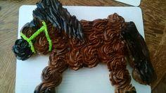Pony cupcake cake