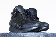 UNDERGROUND SHOES. Nox Sneaker. Black Leather and Vortex.
